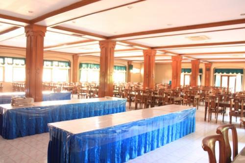 Ruang Makan(2)